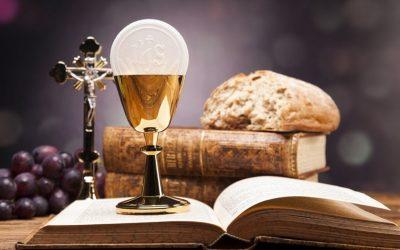 Harmonogram transmisji Mszy Świętych w Triduum Paschalnym oraz w Poniedziałek w Oktawie Wielkanocy.